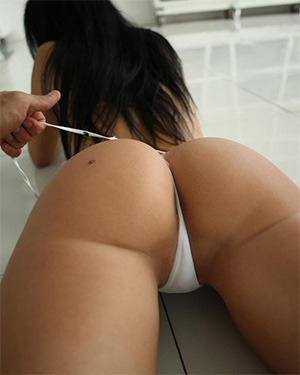 Yana Sexy Girl Gets Groped