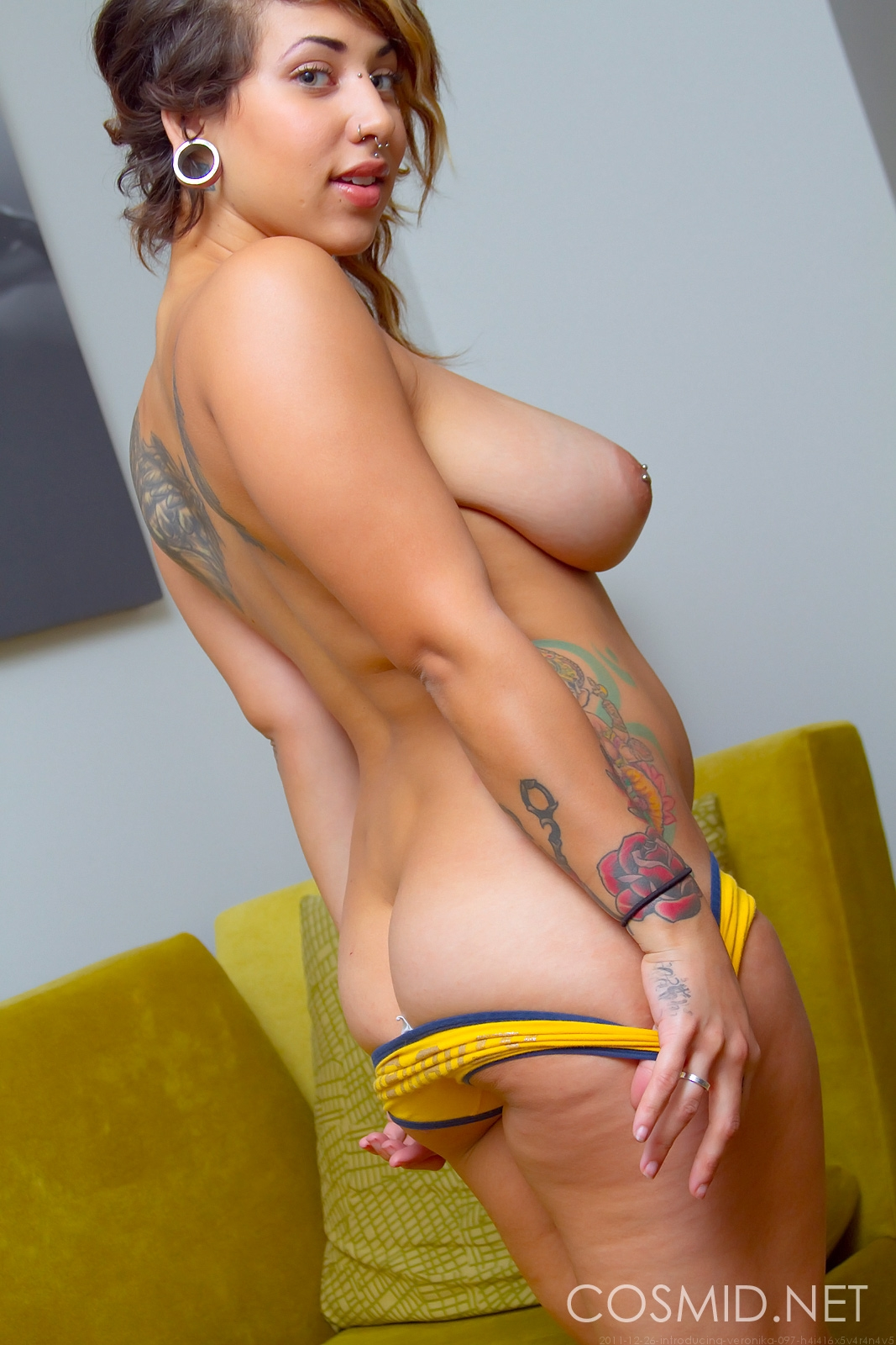 hottystop veronika curvy punk girl 9
