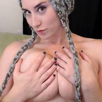 Kitty LeRoux Streamate